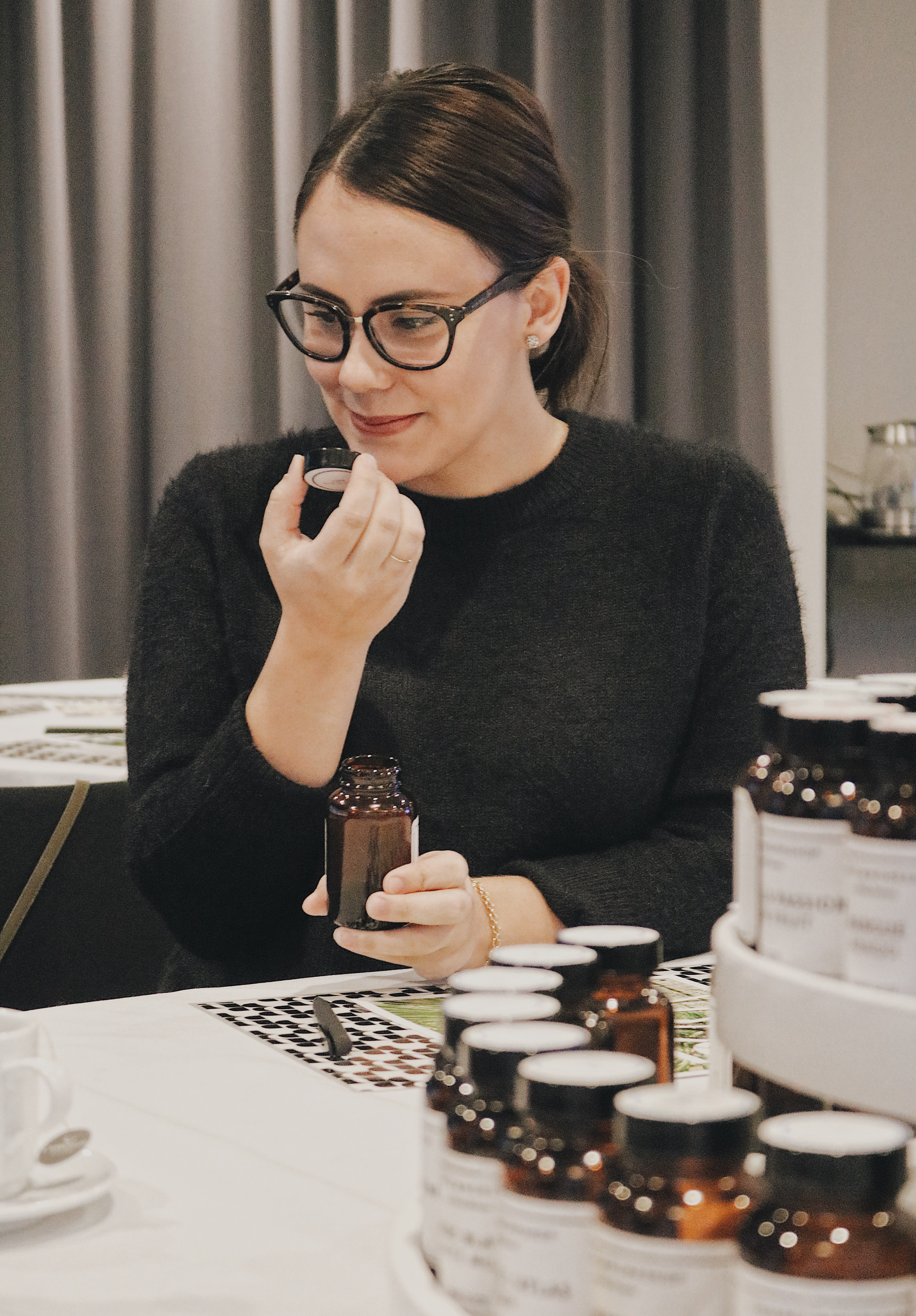 Atelier de création de parfum avec Ruby Brown