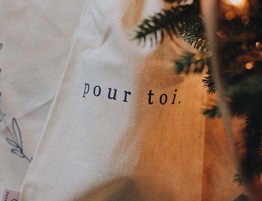 Idées de cadeaux locaux pour Noël - Dans le sac